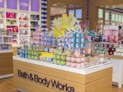 does bath and body works have free shipping