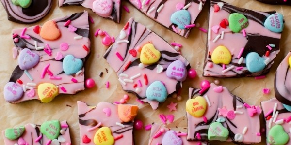 Fun & Easy DIY Valentine's Day Treats You Have To Try