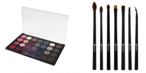 Smokey Eyes Palette And Brush Set $14.99 @ BH Cosmetics