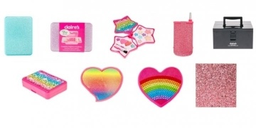 urgent-recall-on-selected-claires-cosmetics-sets-after-found-to-contain-asbestos-9807