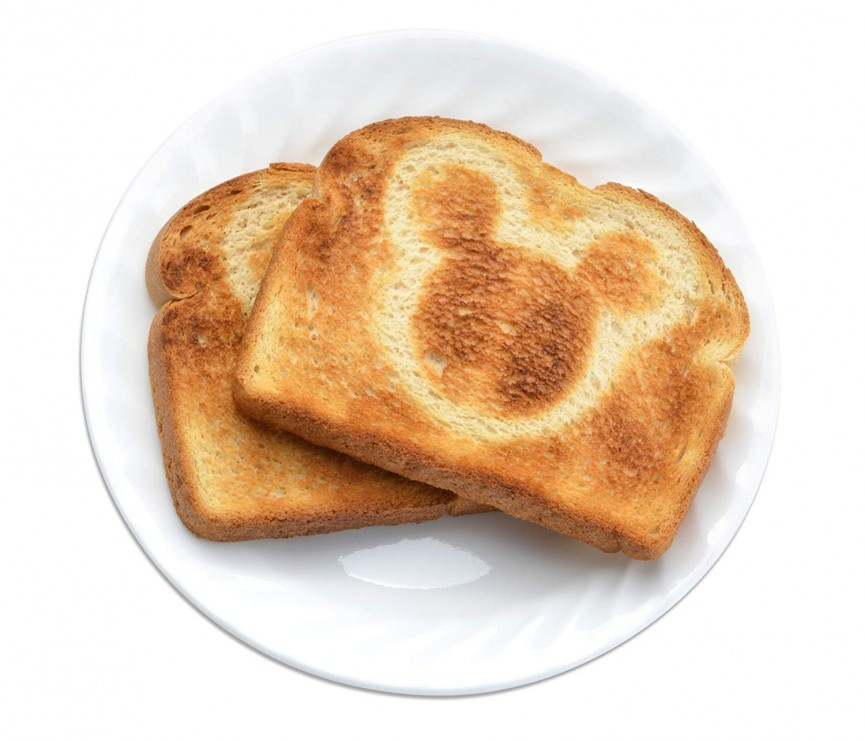 Disney Mickey Mouse Toaster $11.89 @ Amazon
