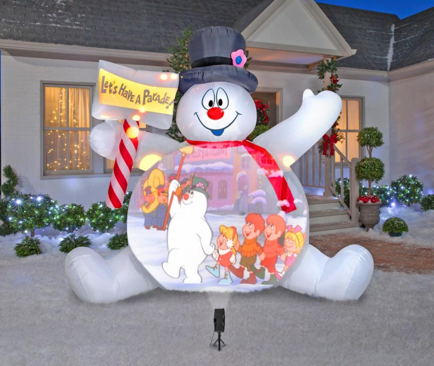 This Giant Frosty Christmas Inflatable Is Insane!